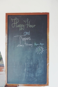 Happy Hour & tapas every friday