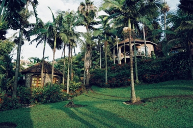 Palm Beach Resort Gisenyi, les bungalows modernes en haut